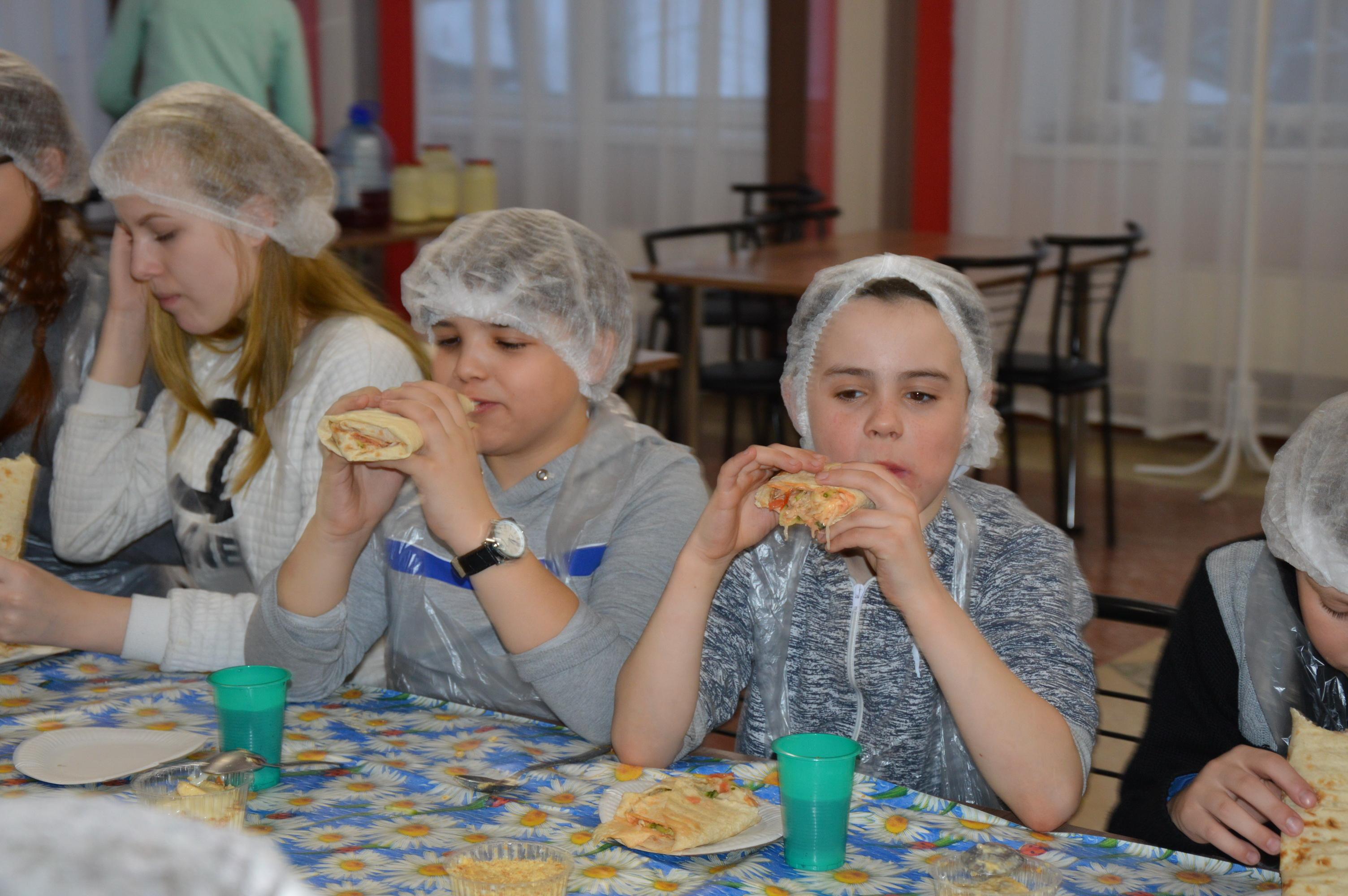 View the embedded image gallery online at: http://presststuru/indexphp/item/704-ekskursii-dlya-studentov-tgtu#